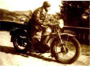 Bernanos à la moto...