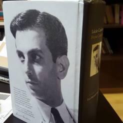 Quarta capa Lúcio Cardoso Poesia Completa