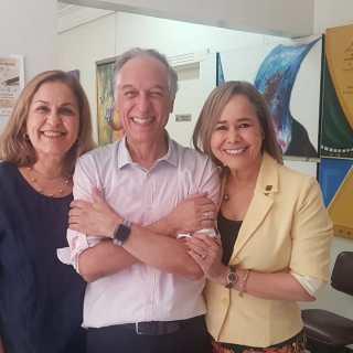 Com as escritoras Maria Abadia Silva e Elizabeth Caldeira Brito