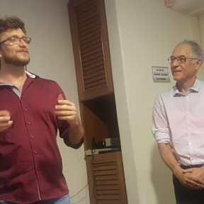 O presidente da UBE, Prof. Ademir Luiz fez o desafio e me apresentou ao distinto público